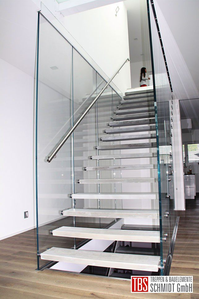 Glastreppe Flying Stairs der Firma TBS Schmidt GmbH